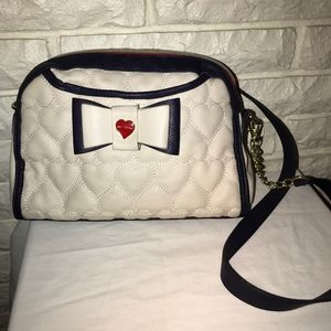 Betsey Johnson quilted hearts bow purse